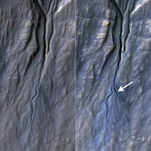 un antes y después de una zona de canales marcianos mostrando el cambio conel tiempo